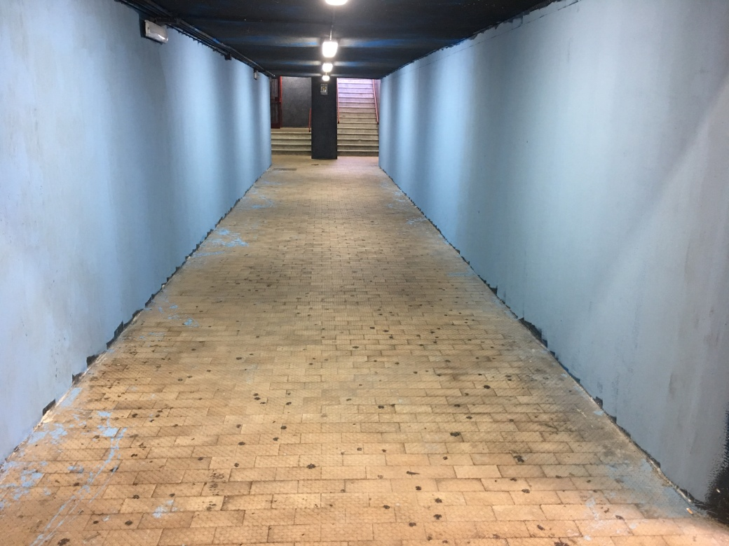 fluxus street art stazione EAV tekna restauri